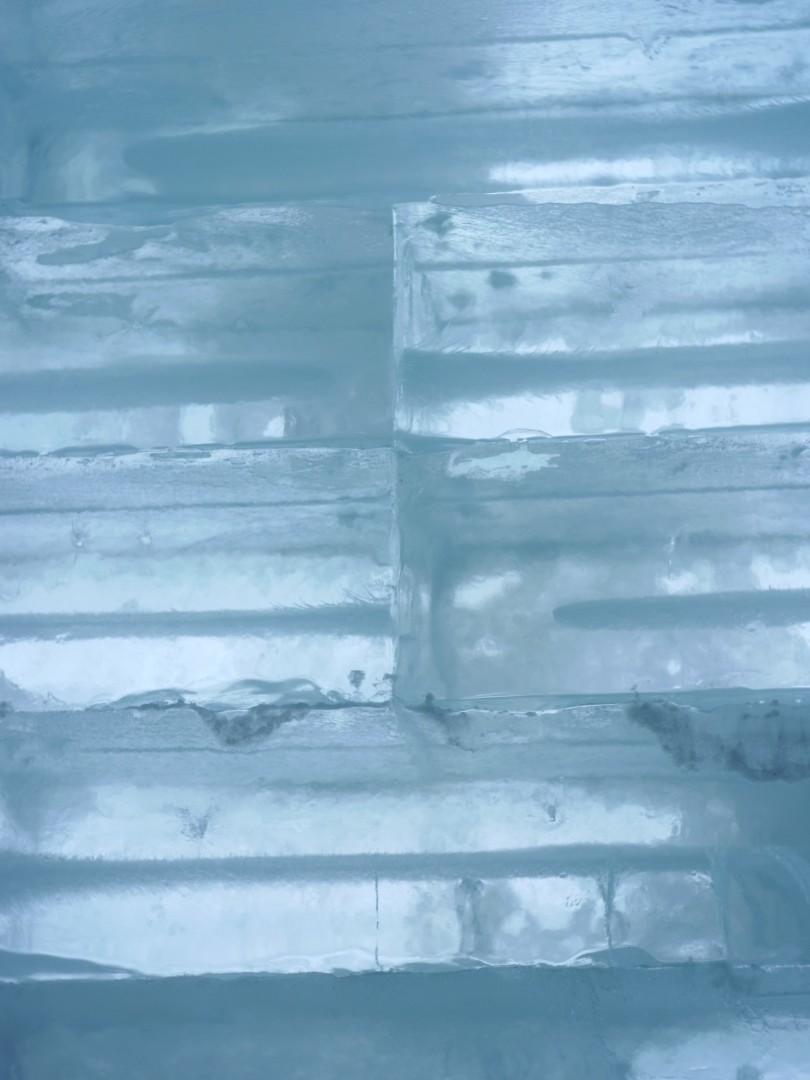 当別アイスホテルの氷