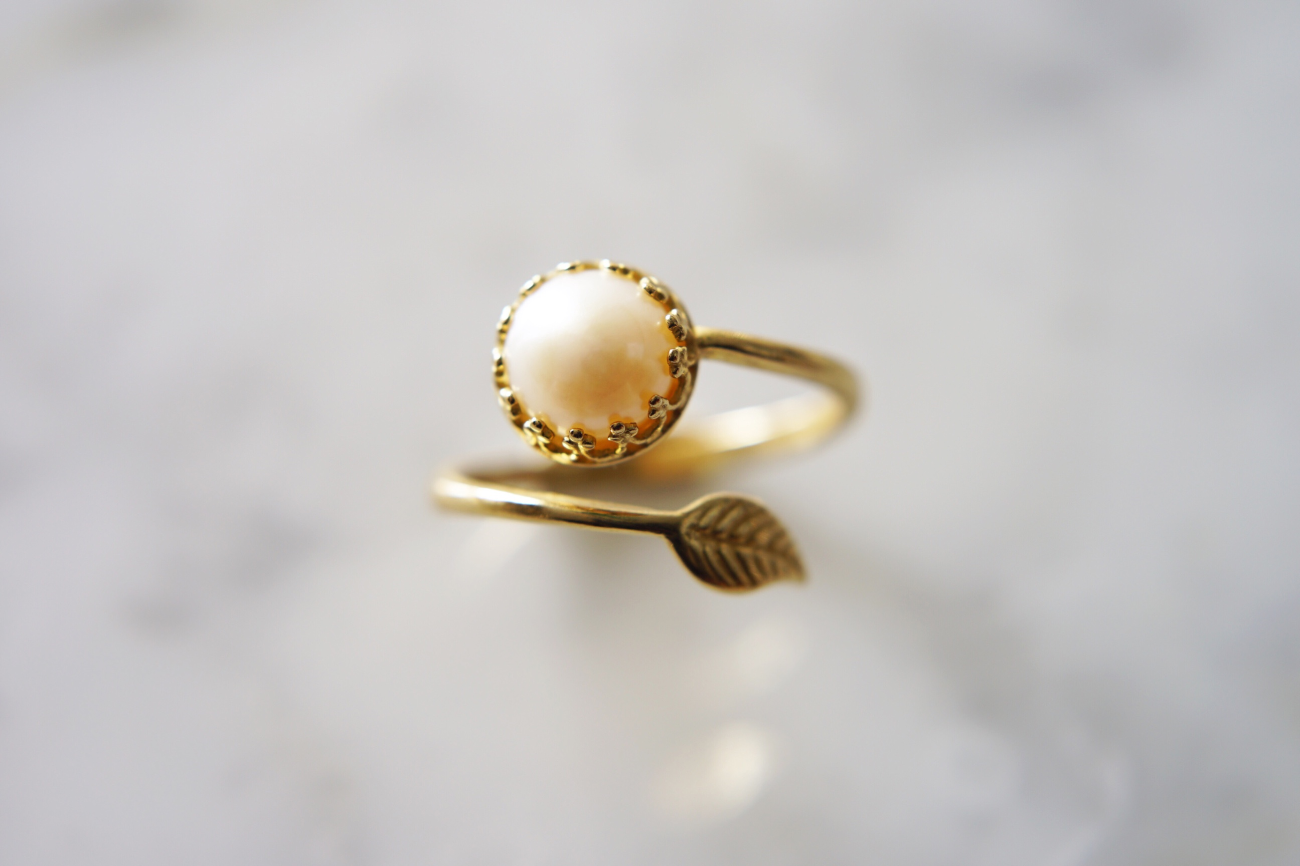 leaf-and-pearl-brass-ring